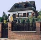 XII kerület Kútvölgyi részén 13 szobás bevezetett panzió eladó