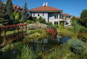 Csobánkán, gyönyörű környezetben, 3029 nm-es álomkertben családi rezidencia eladó